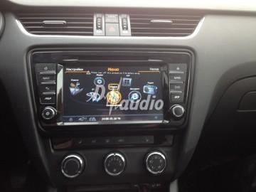 Штатное головное устройство Skoda Octavia 2013